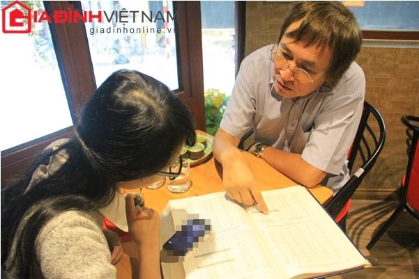 Ông Bình trao đổi với phóng viên báo điện tử Gia đình Việt Nam