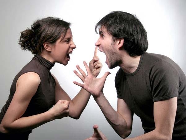 Mơ thấy cãi nhau mang lại cho bạn những điềm báo gì?