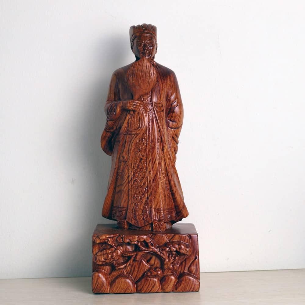 Tượng Khổng Minh Gia Cát Lượng đứng gỗ hương 30cm