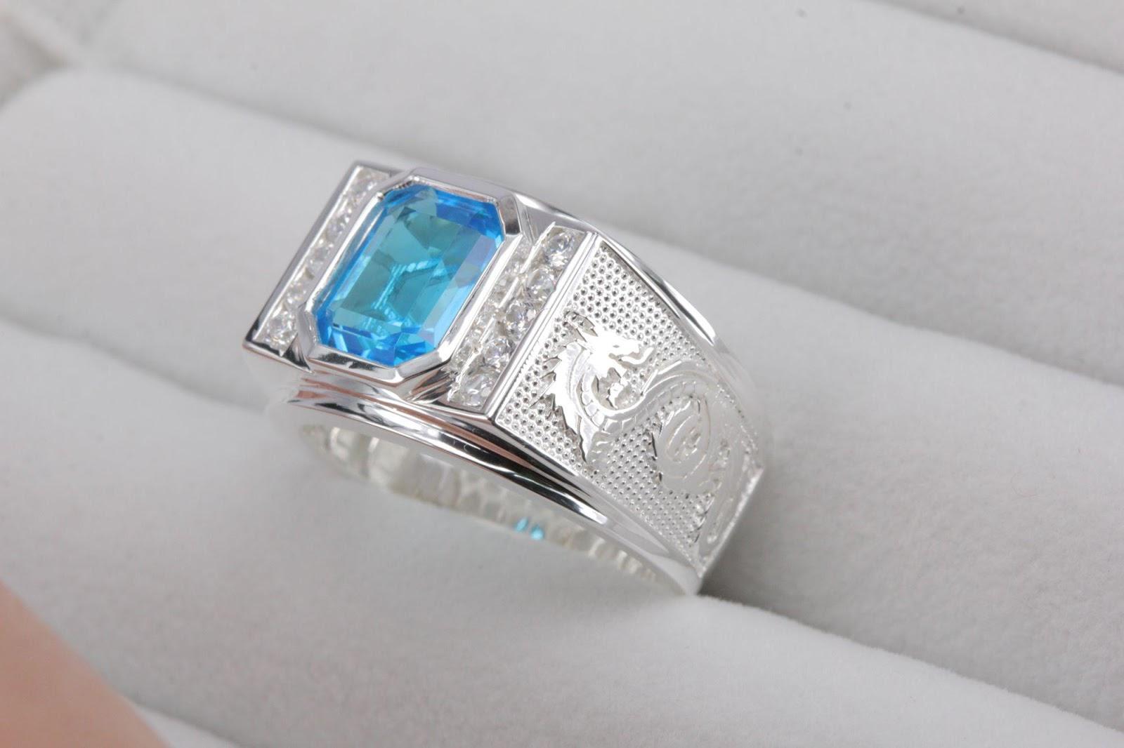 Người mệnh thổ đeo nhẫn ngón nào hợp phong thủy để thu hút tài lộc?